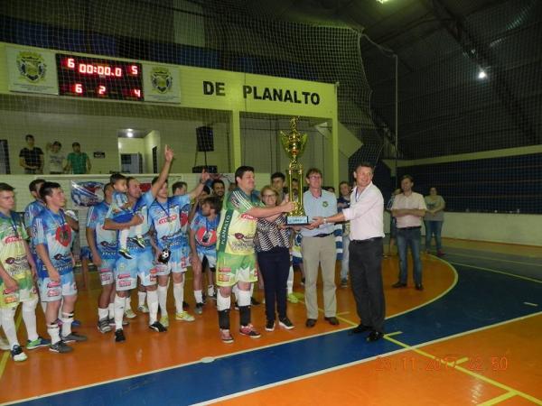 Planalto conquista título inédito da XV Copa Sudoeste de Futsal