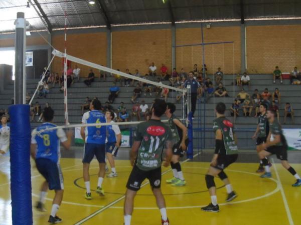 Equipe de Voleibol de Palmas está na decisão dos Jogos Abertos - Divisão A em Apucarana