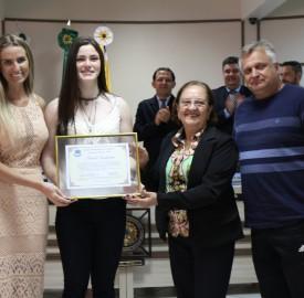 Atleta do BMX recebeu moção de aplauso na Câmara de Vereadores em Beltrão