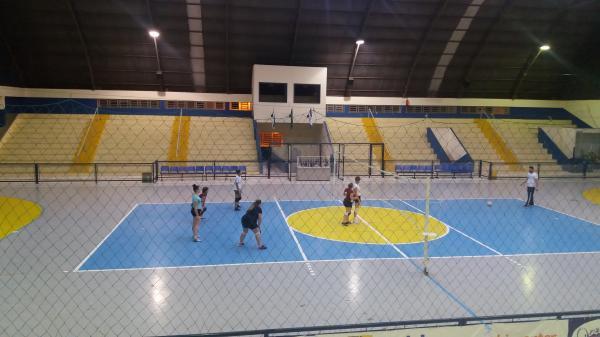 Voleibol Feminino de Mariópolis faz amistoso em preparação para a Fase Regional dos Jogos Abertos