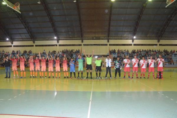 Diplomata leva o título do Campeonato Interfirmas de Futsal em Capanema