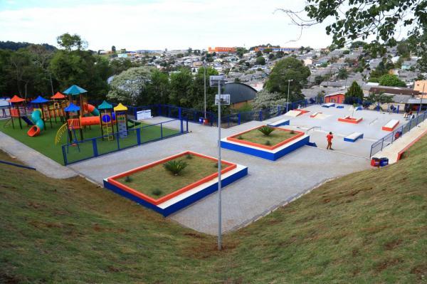 Pato Branco inaugura Praça do Bairro Planalto