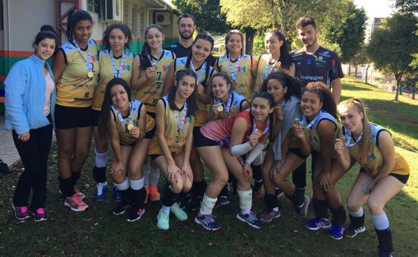 Voleibol Feminino de Palmas fatura o título dos Jogos da Juventude de forma invicta
