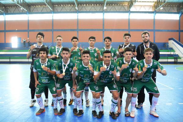 Futsal de Coronel Vivida é campeão dos Jogos da Juventude em Saudade do Iguaçu